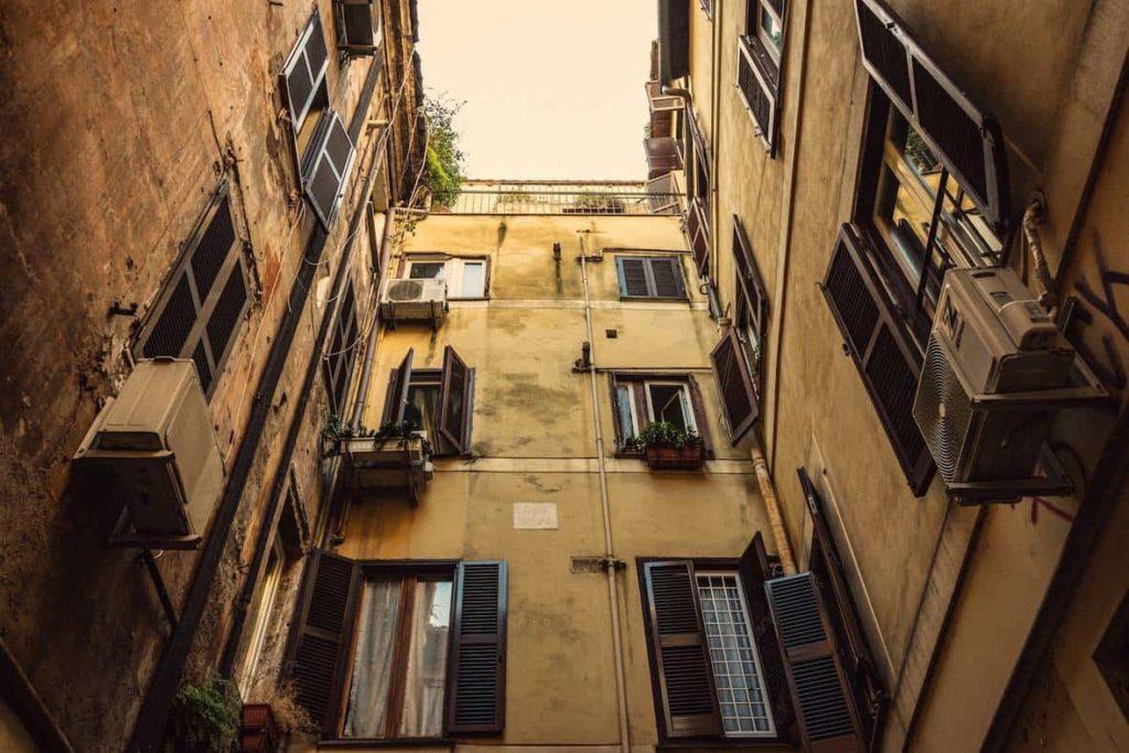 3층짜리 아파트